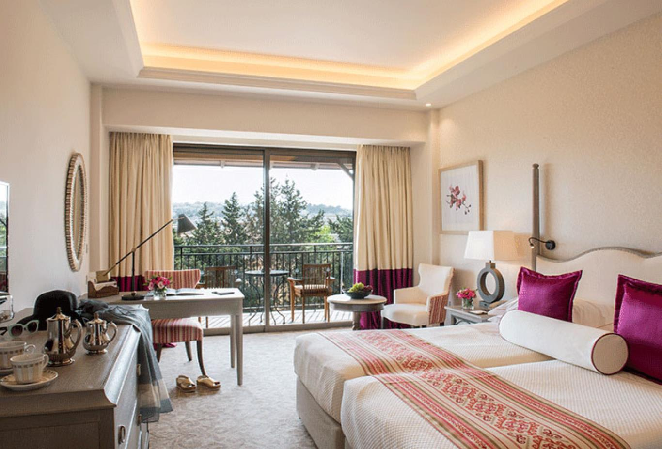 Deluxe Bedroom Inland View