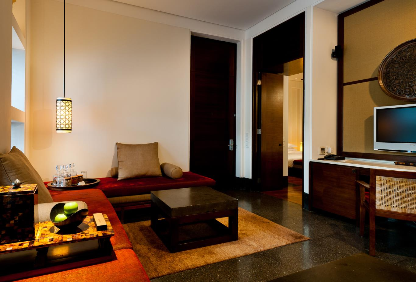 Chedi Club Suite Living Area