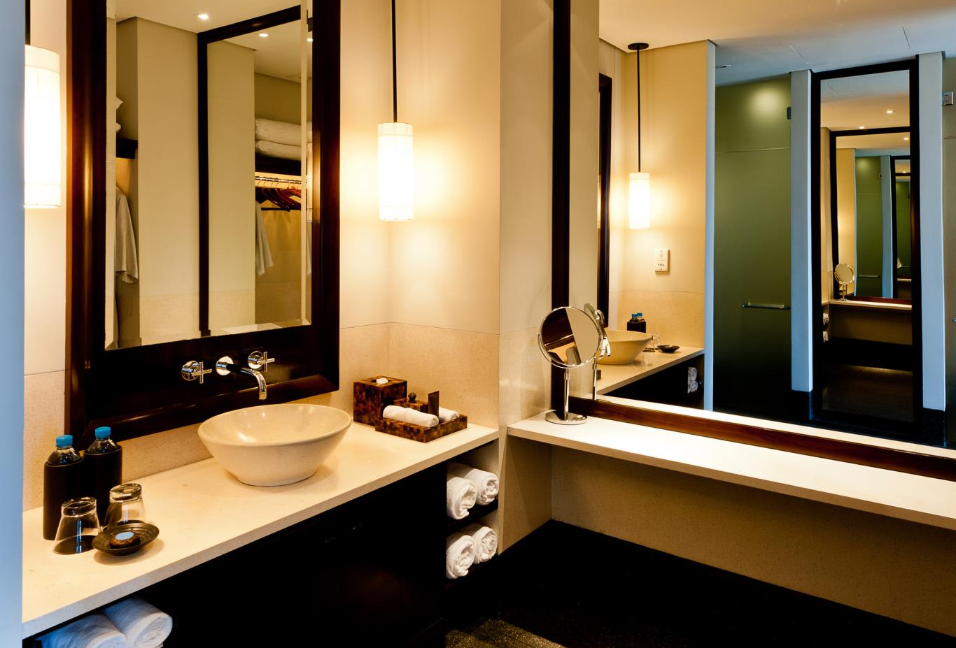 Serai Room Vanity Bathroom