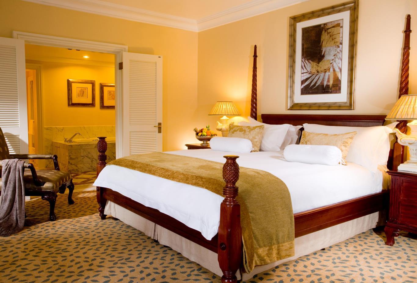 Lions-Head-Suite-Bedroom