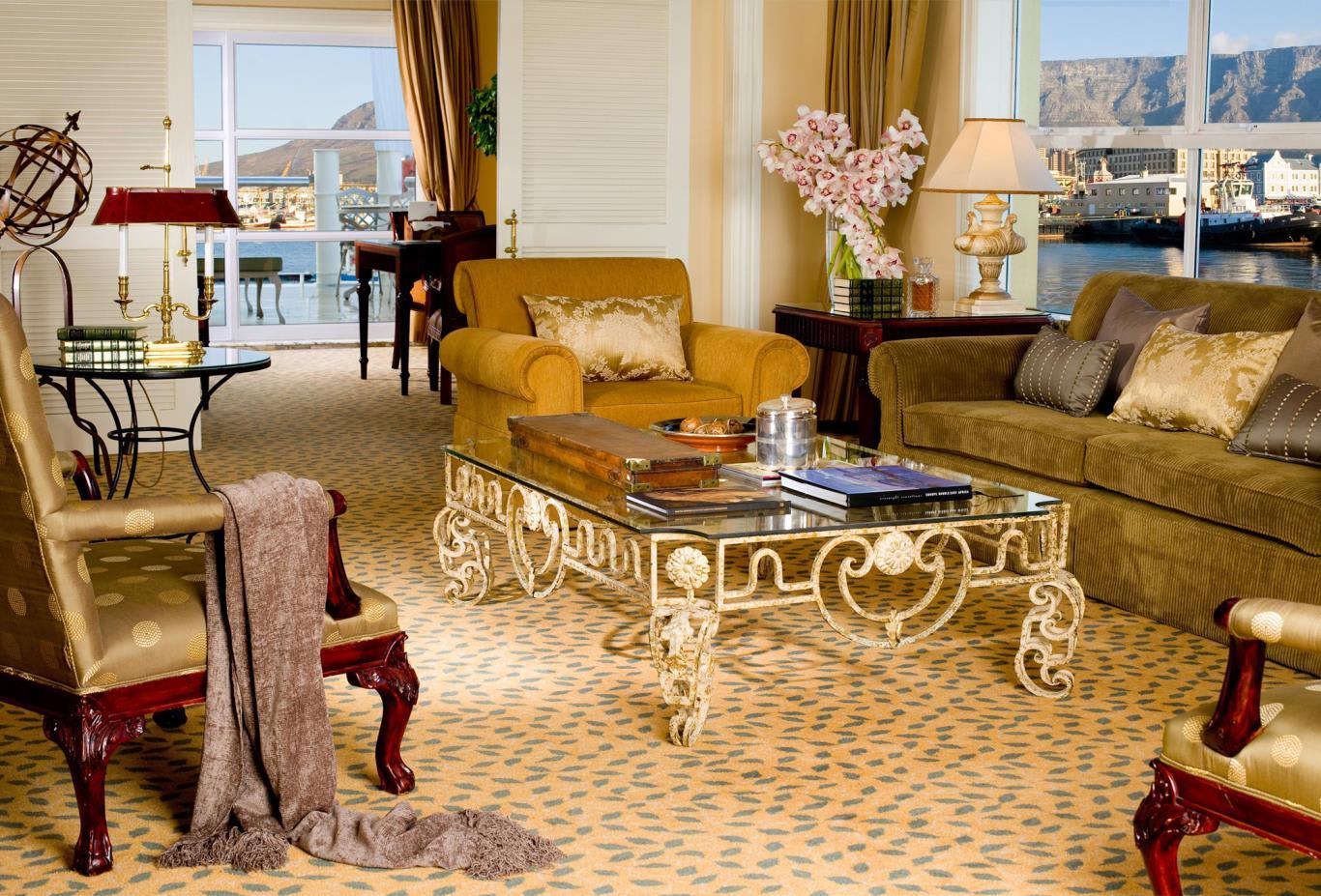 Lions-Head-Suite-Lounge