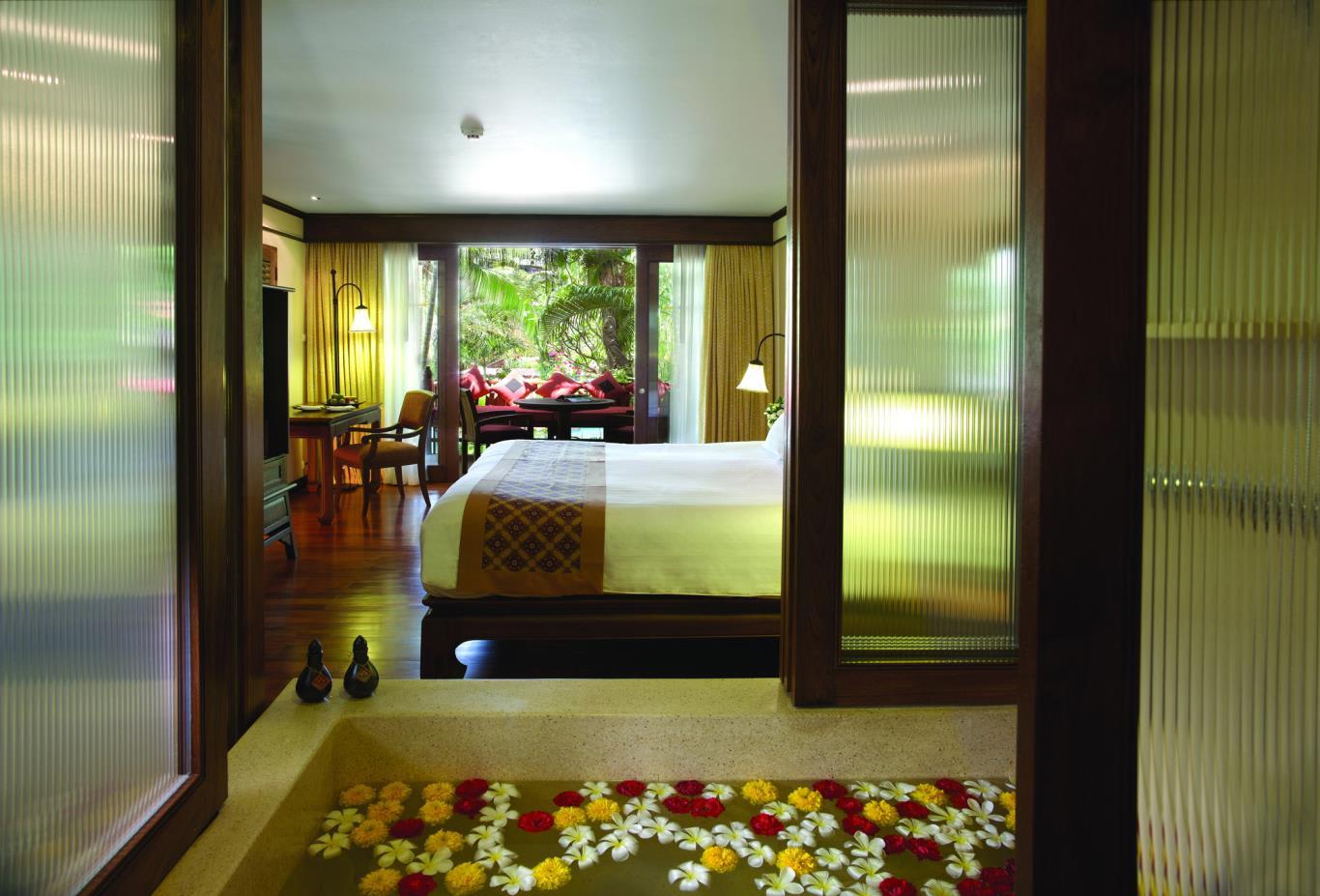 Premium Garden Room Interior