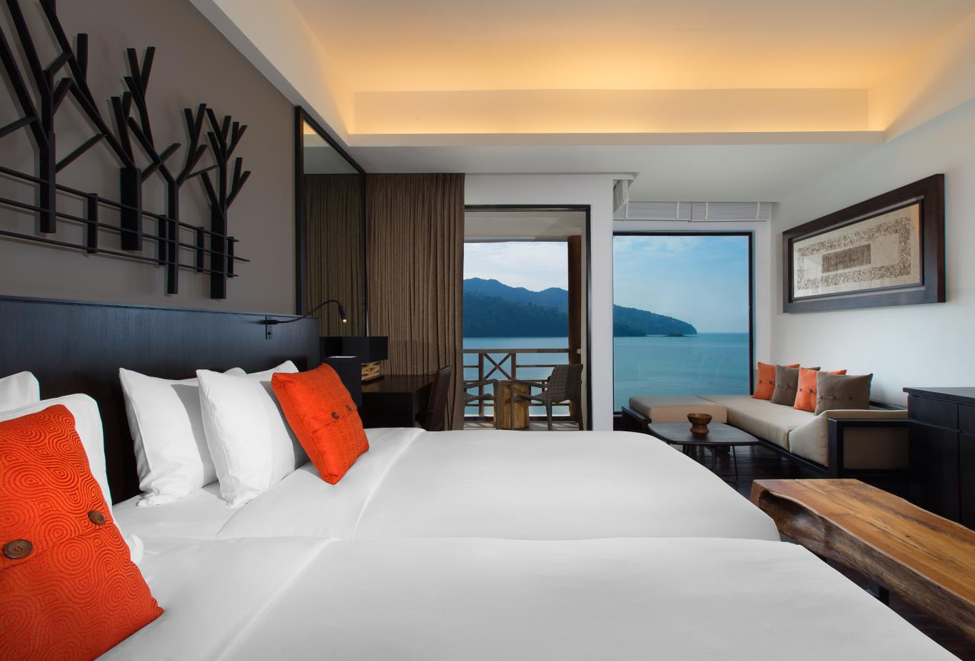 Luxury-Sea-View-Room