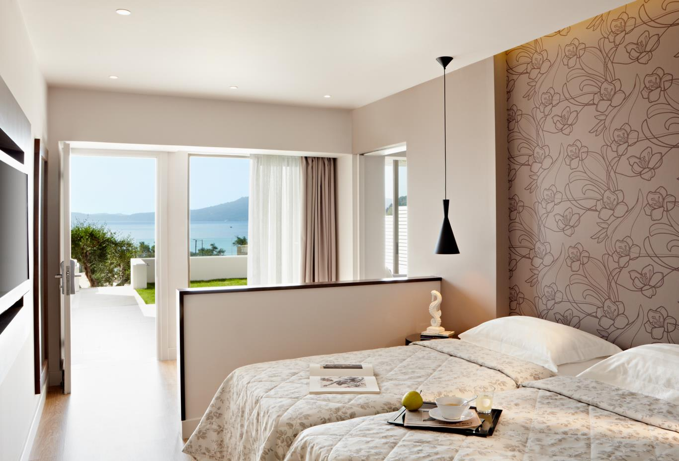 2-bed-suite-sea-view