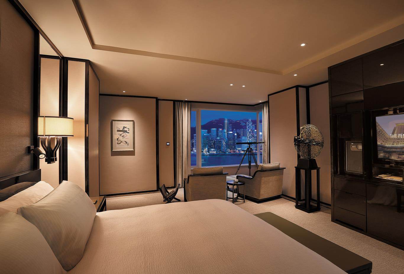 Grand Deluxe Harbour View Suite