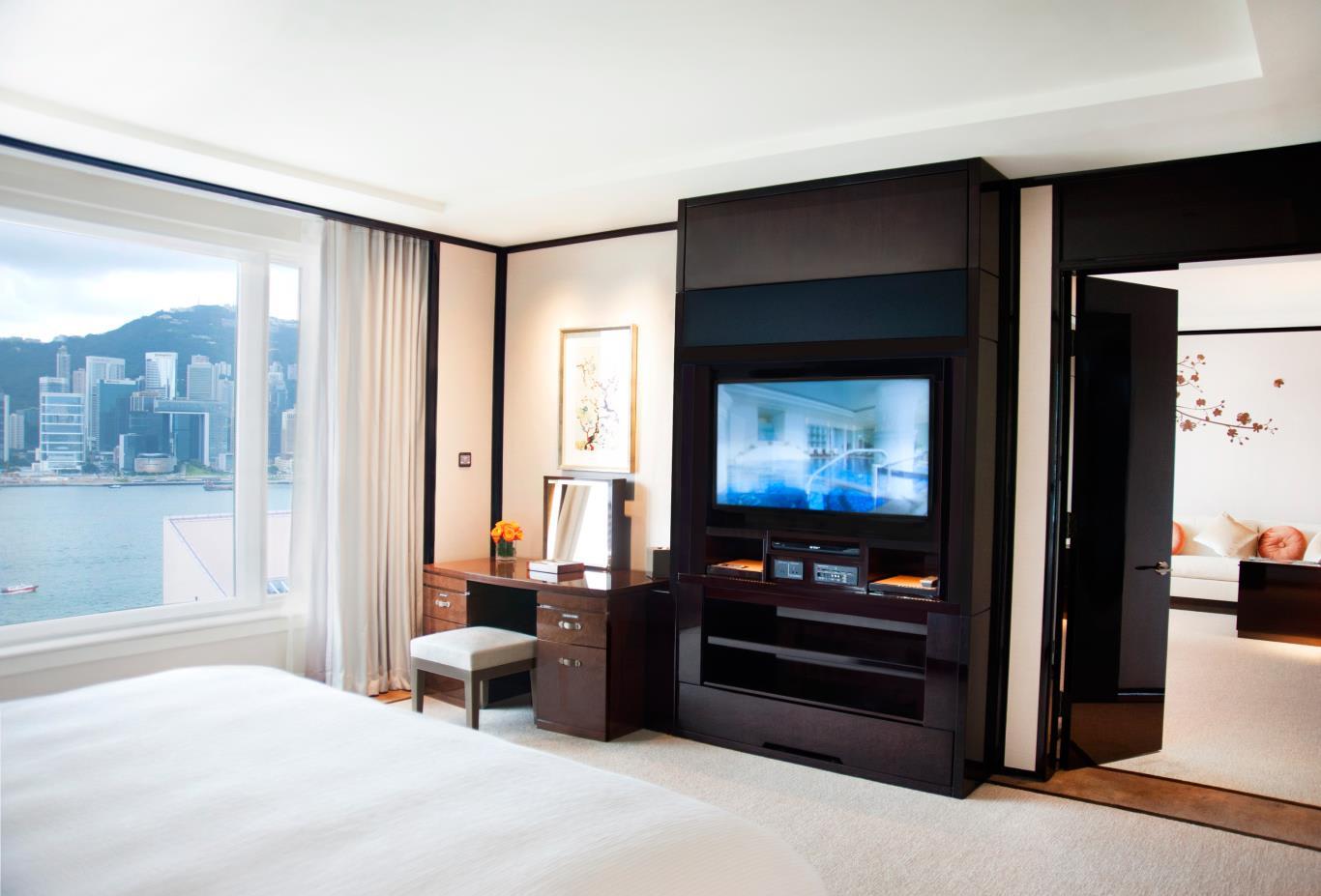 Superior Harbour View Suite