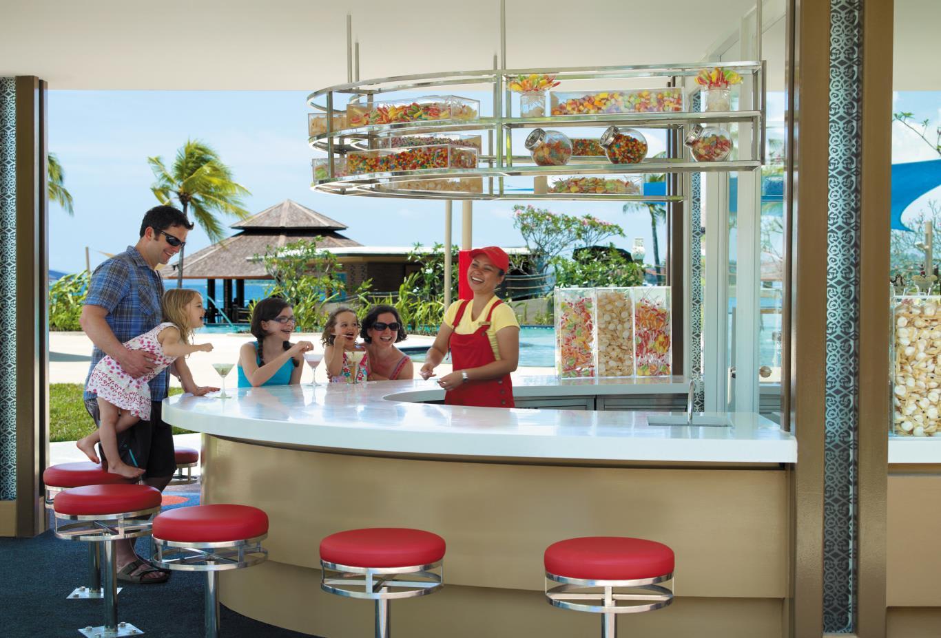 Cool Box Ice Cream Bar