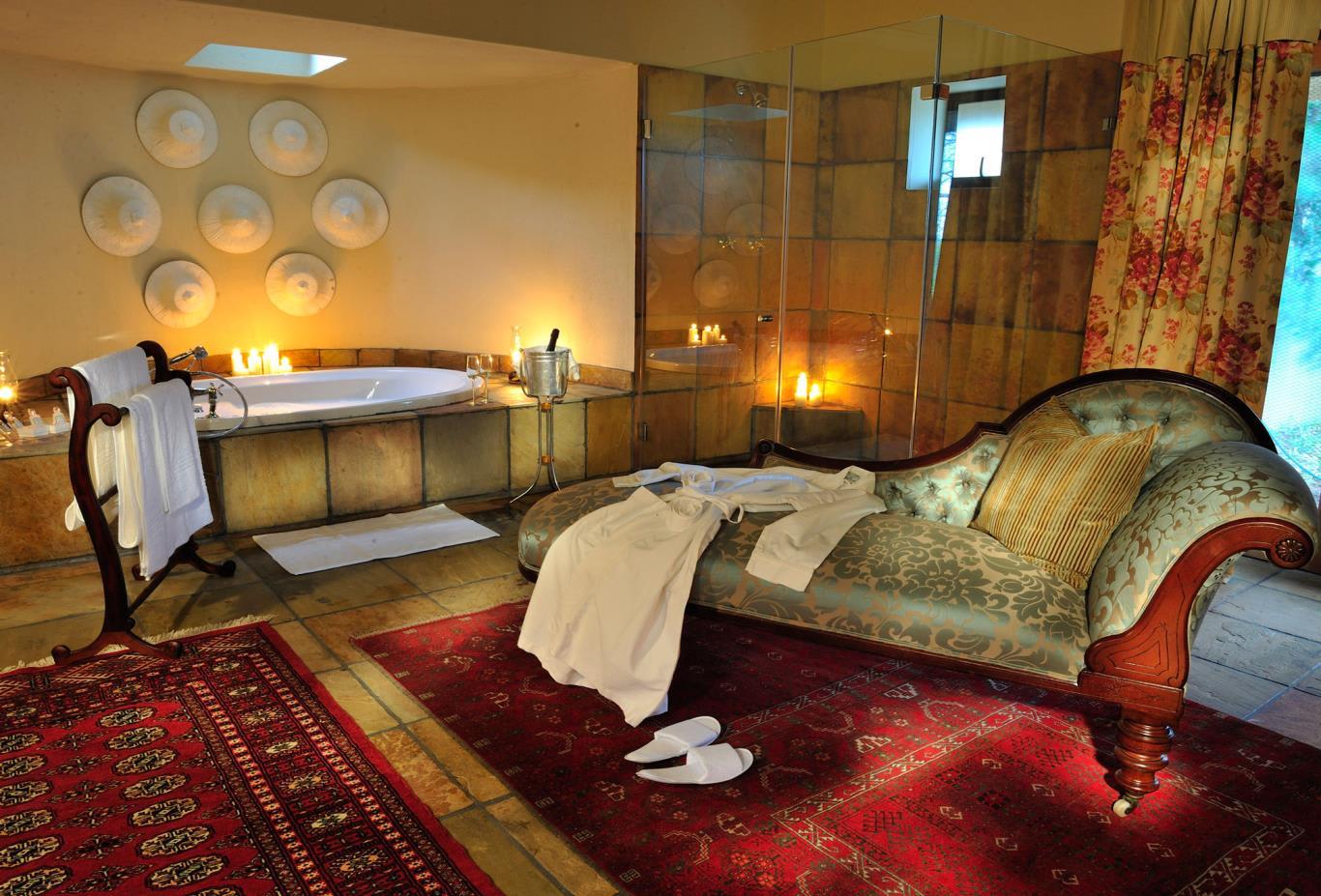 Ivory Suite Bathroom