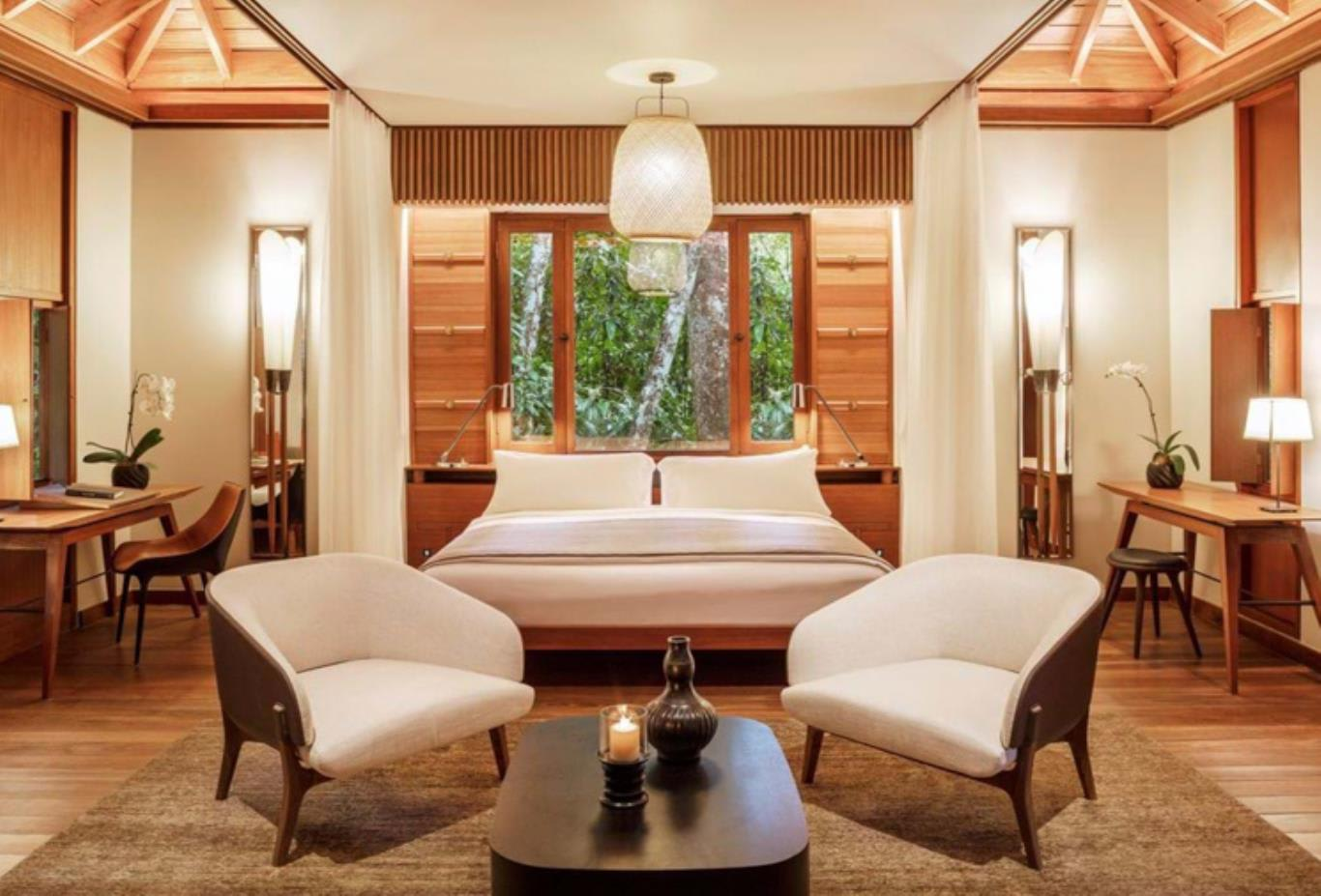 Rainforest villa bedroom