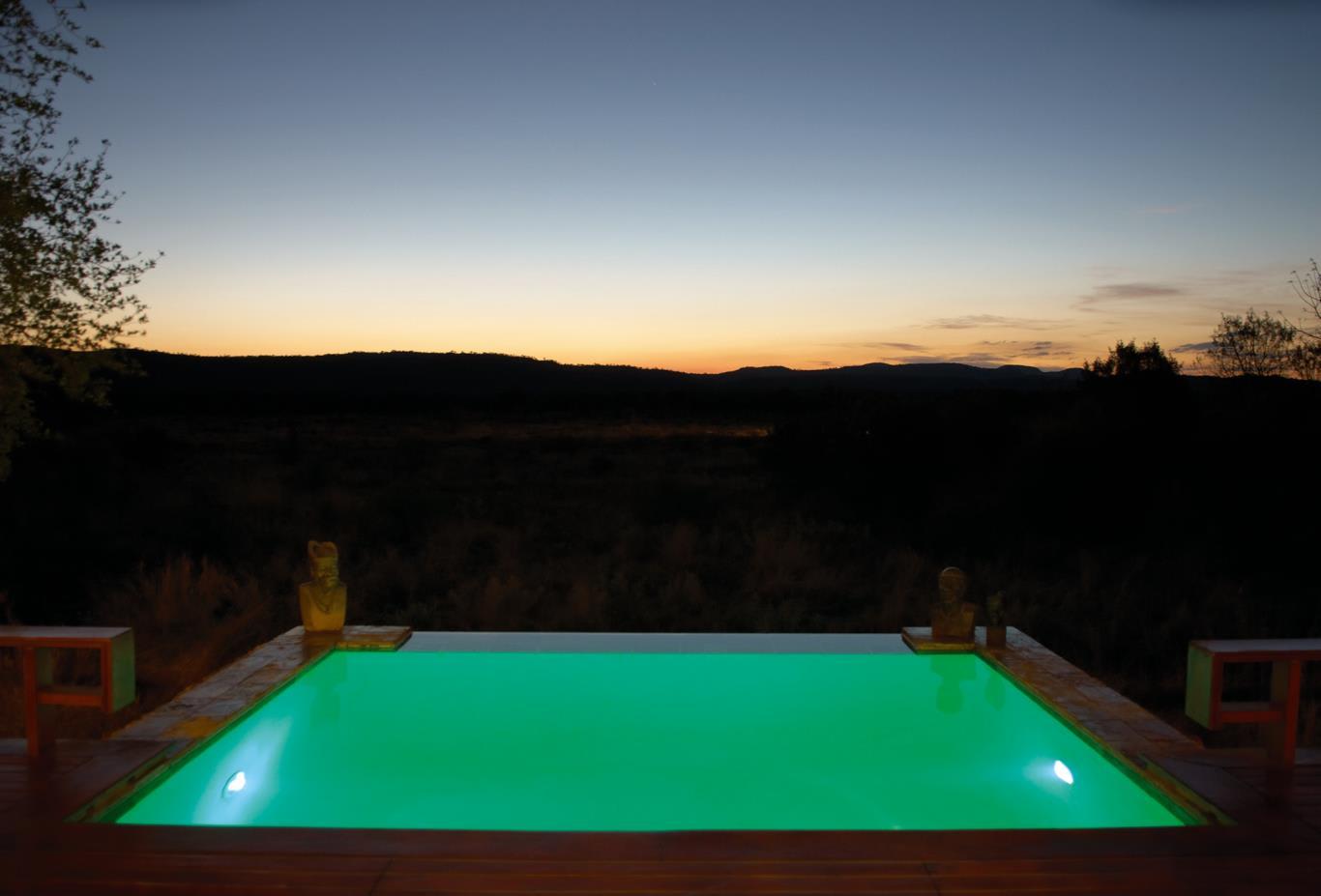 Suite Pool