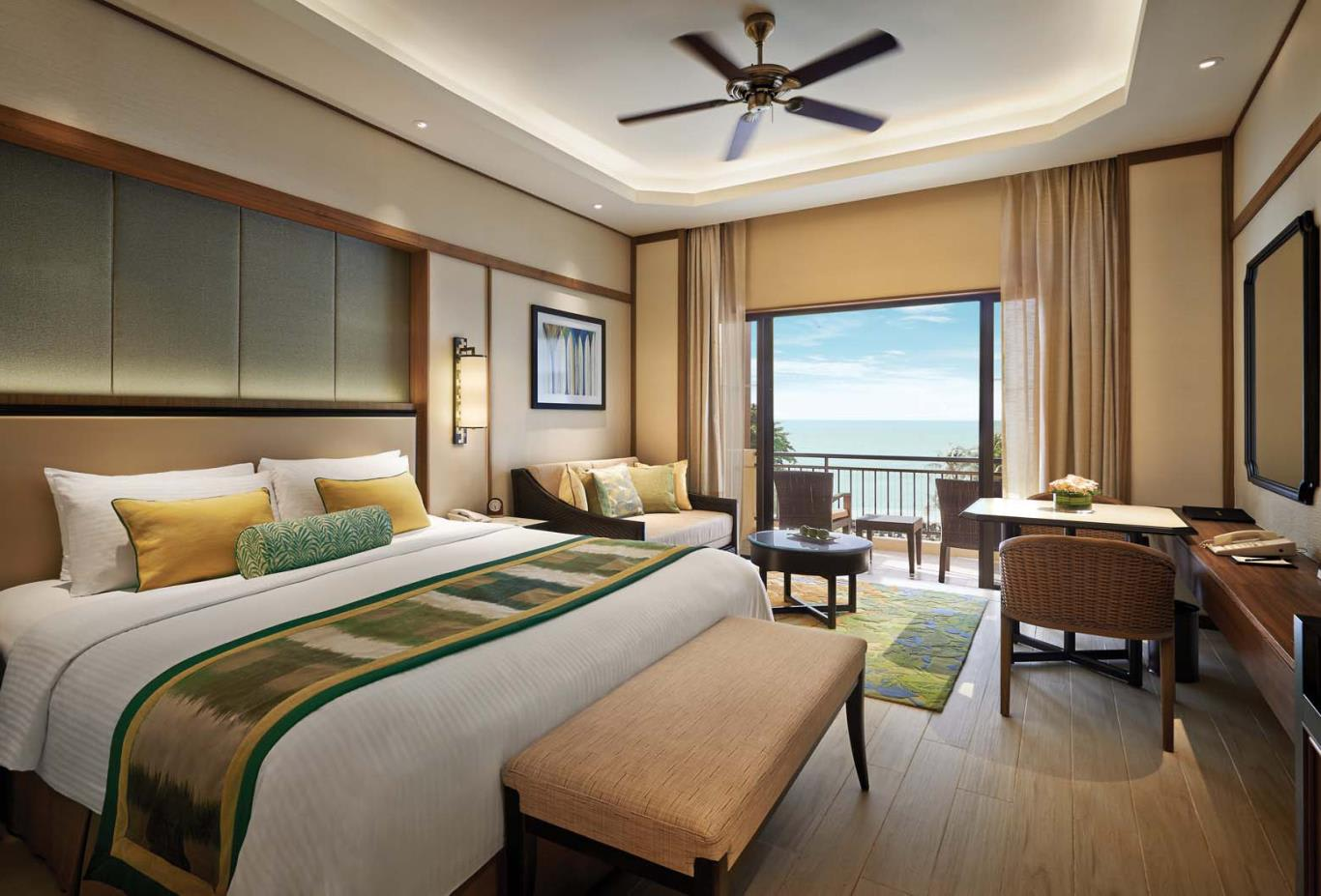 Deluxe-Sea-View-Room
