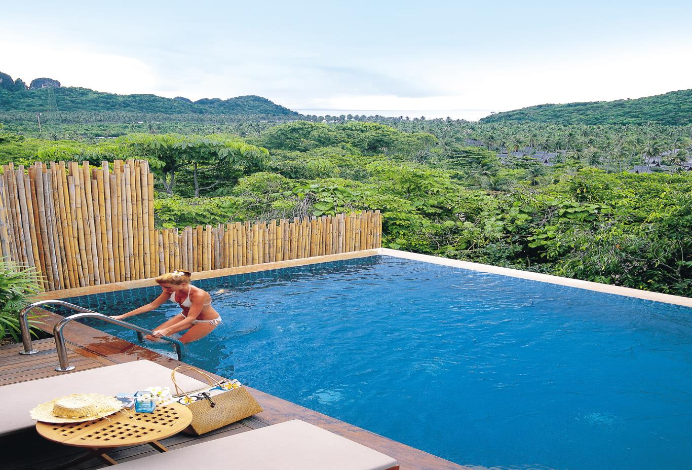 Hillside Pool Villa