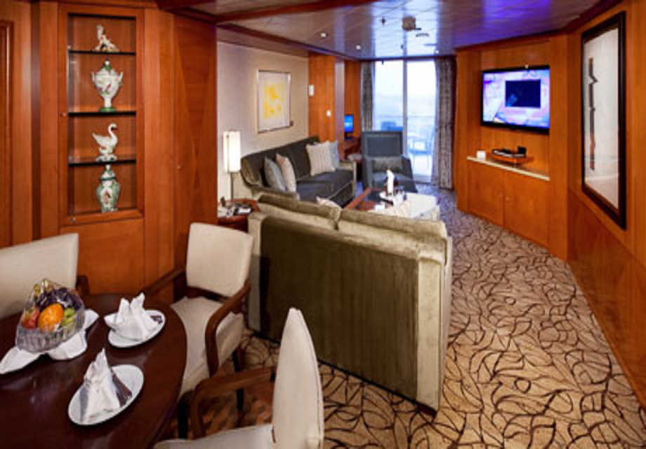 Celebrity Infinity - Rooms - Royal Suite