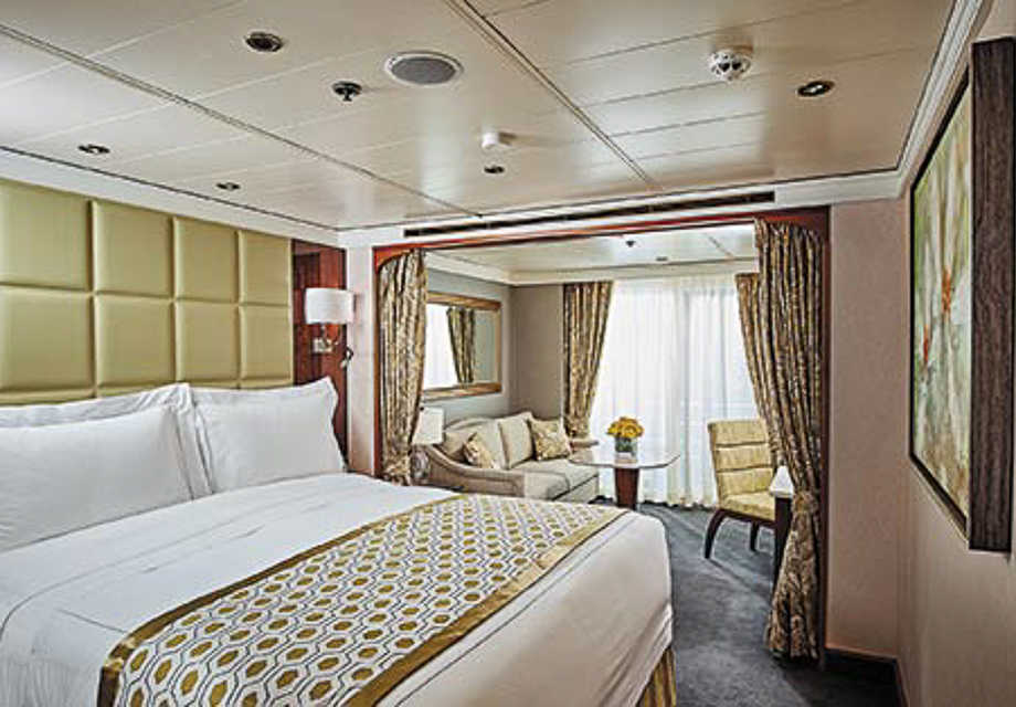 Seven Seas Navigator - Rooms - Concierge Suite