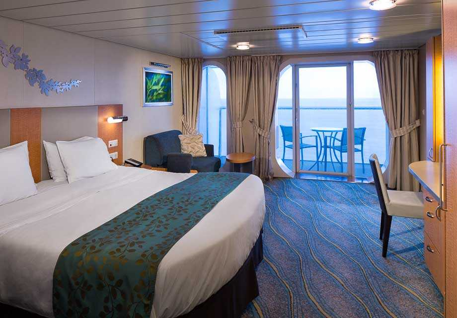 Superior Ocean View Stateroom with Balcony Accessible