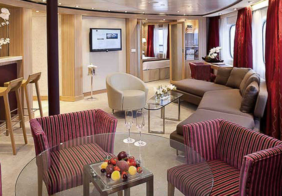 Seabourn Quest - Rooms - Owners Suite-2