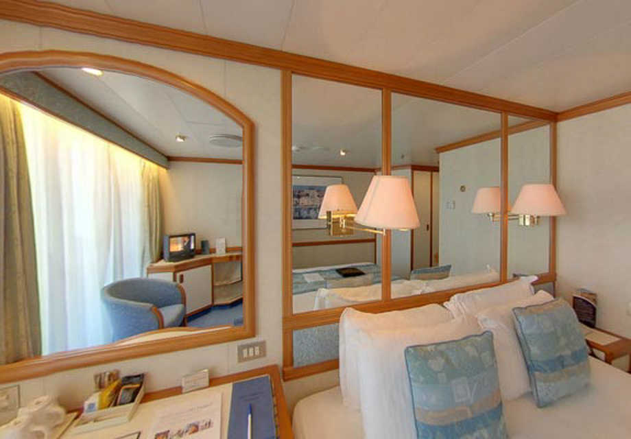 P&O Oceana - Rooms - Balcony Cabin