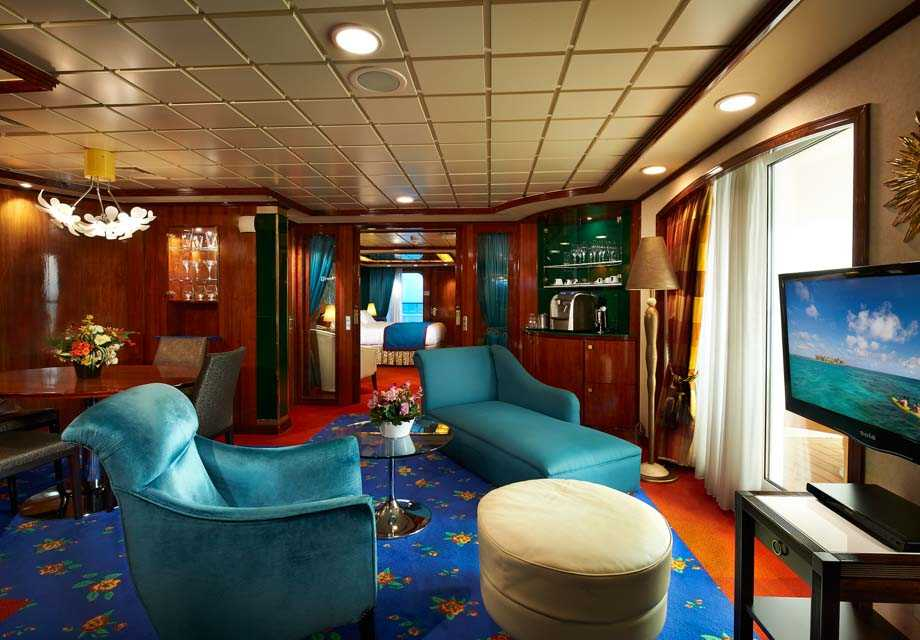 Norwegian Star - Rooms - Owner's Suite
