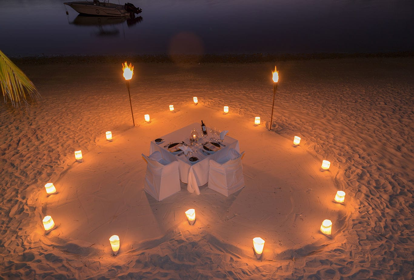 Romantic Sandbank Dining