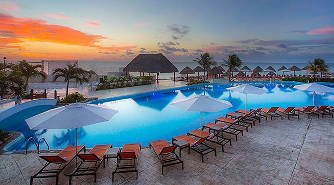 Moon Palace Cancun swimming pool