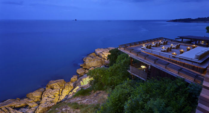 Dining on the rocks Six Senses Samui