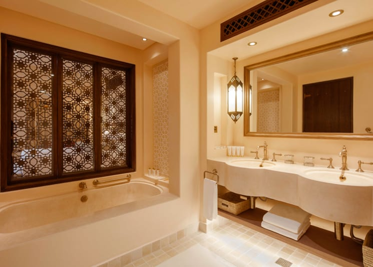 Arabian deluxe bathroom