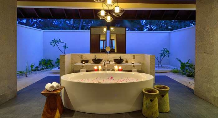 Sunset Pool Villa Bathroom