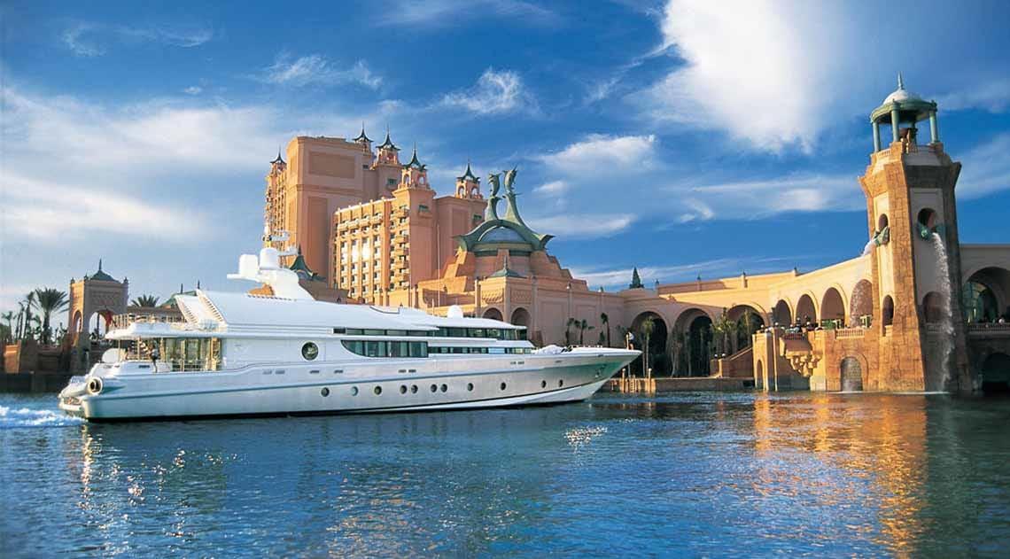 Yacht in Atlantis Marina