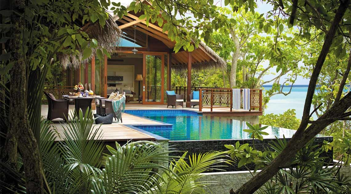 Treehouse Villa with pool