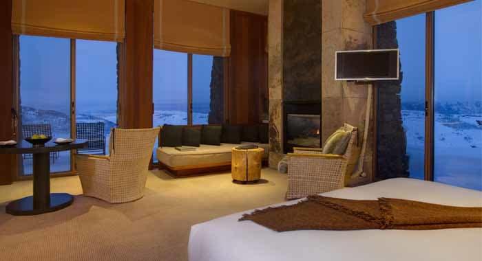 Amangani suite bedroom