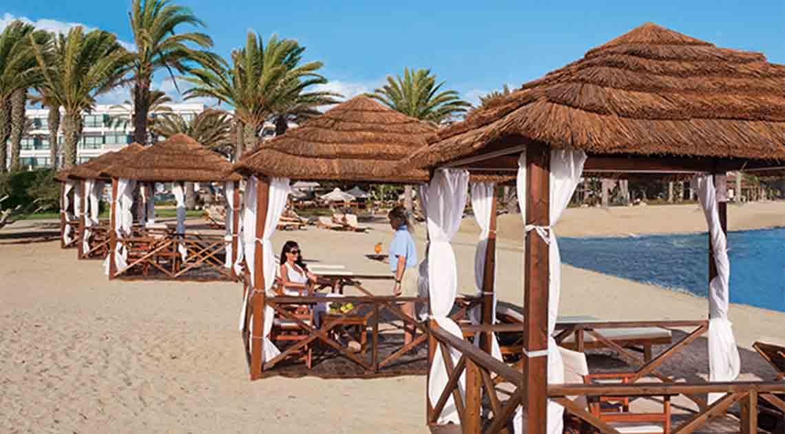 Asimina Suites hotel beach campanas