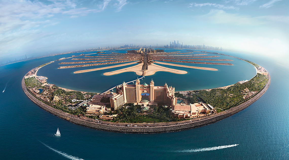 Aerial view of Atlantis the Palm in Dubai