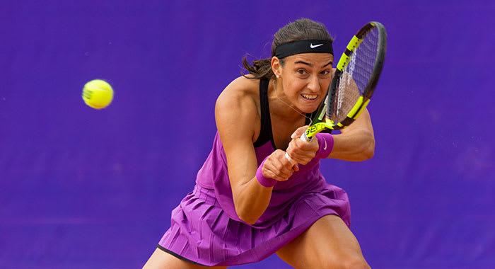 Caroline Garcia playing tennis