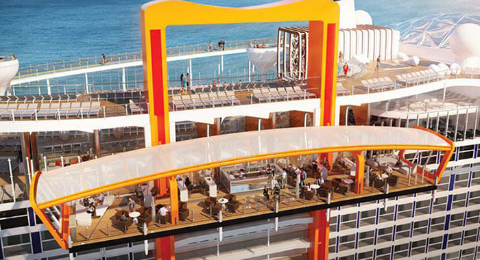 Floating platform on cruise ship that moves up and down
