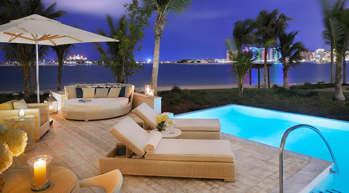 Beachfront villa with private swimming pool and views over Dubai marina