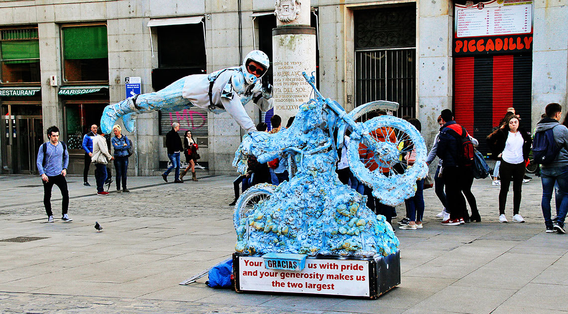 Street entertainer in streets of Madrid