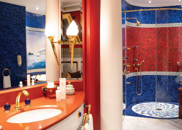Sky One Suite bathroom