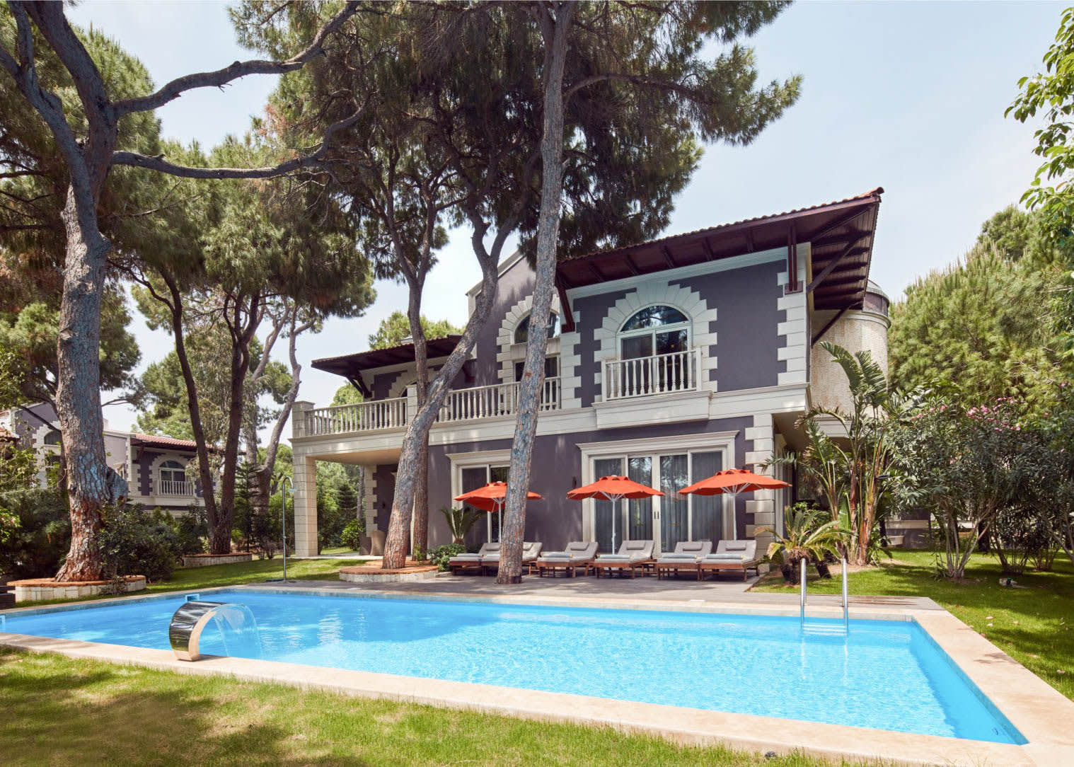 Albatross Villa 3 Bedrooms swimming pool