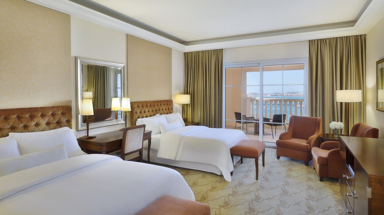 Deluxe Sea View queen beds