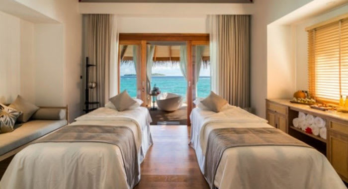 Two spa beds with beach view