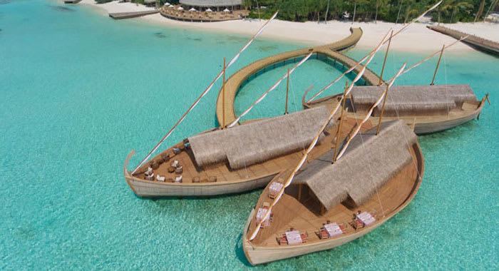 Restaurant shaped like boats over the sea
