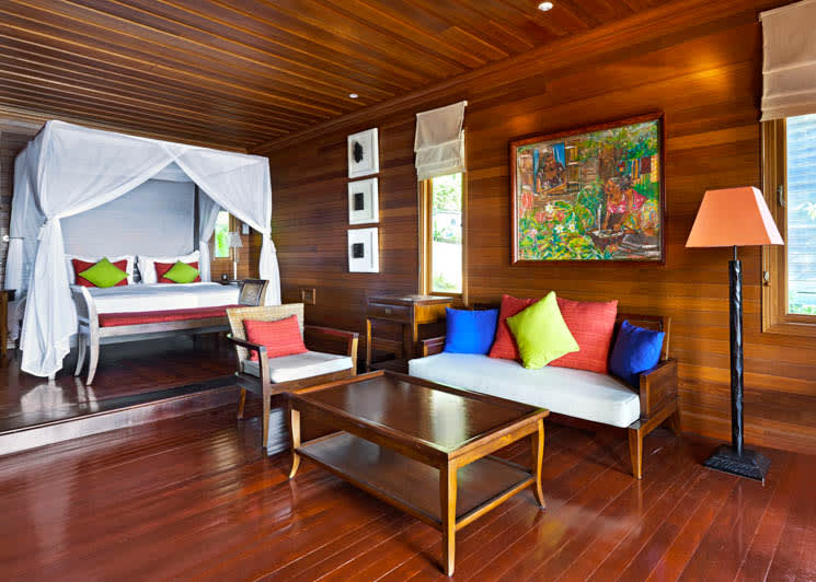Oceanfront villa living