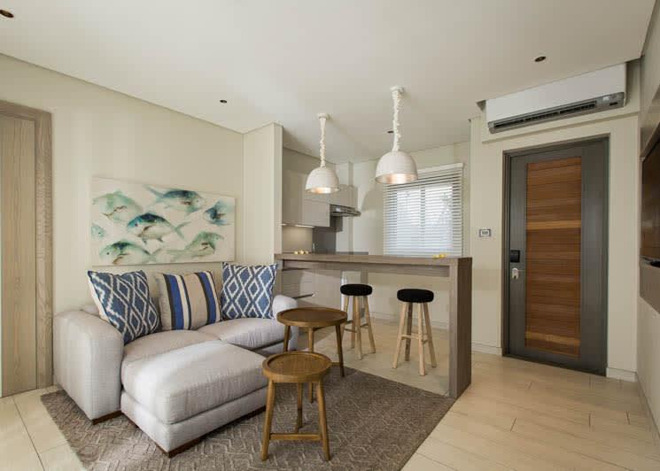 Junior Suite   Living area & kitchenette