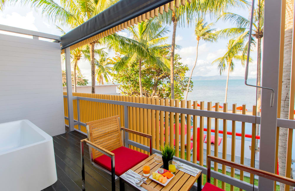 Deluxe Sea View Room with Balcony