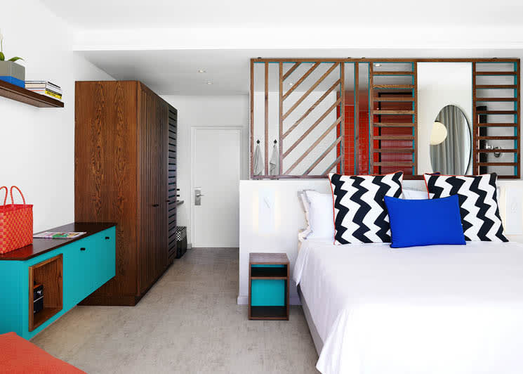 Bang on the Beach bedroom