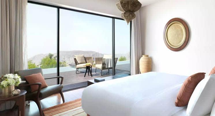 Cliff Pool bedroom