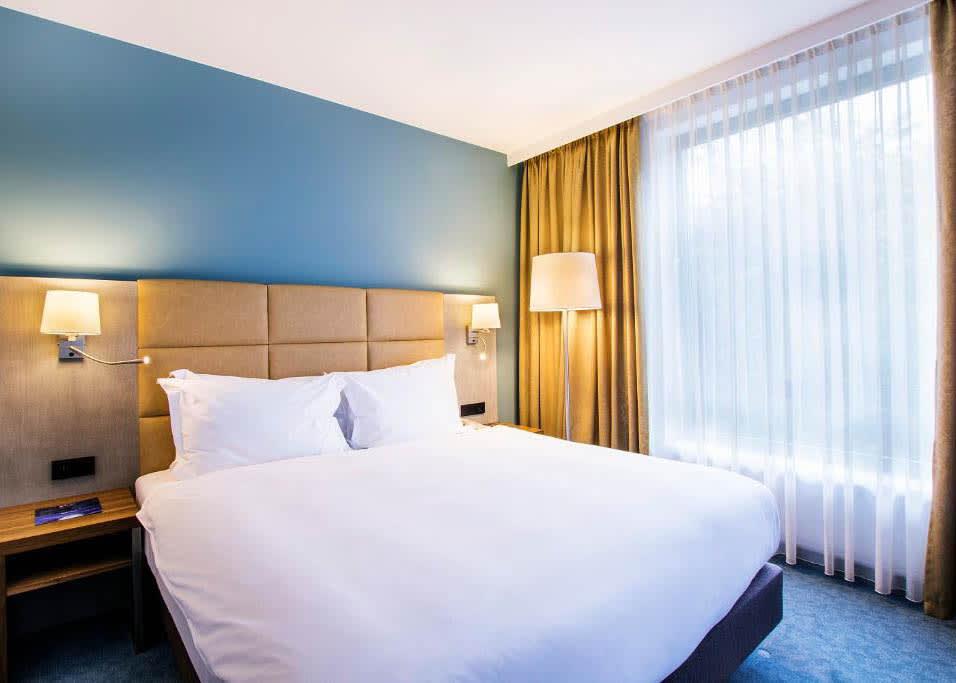 Premium Room bedroom