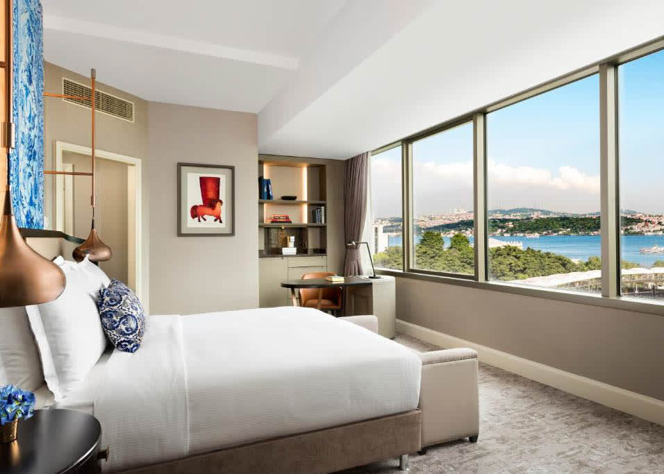 Deluxe Front Bosphorus View Room