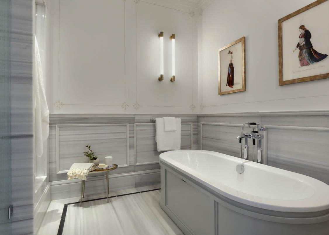 Bosphorus Junior Suite bathroom