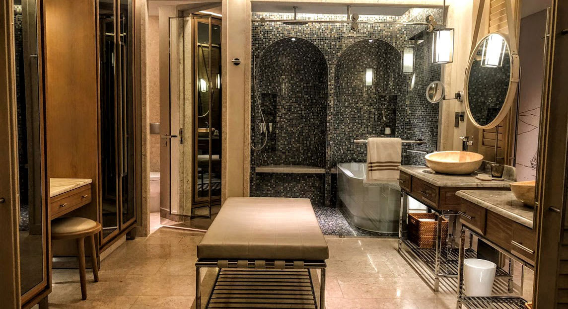 Luxury Dubai bathroom